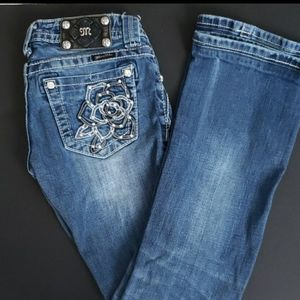 Miss Me Boot Cut Size 25 waist 28 inseam